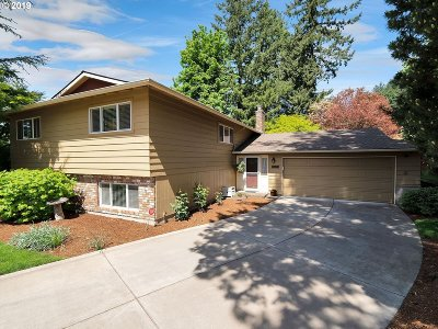 Happy Valley Single Family Home For Sale: 9768 SE Wessex Way