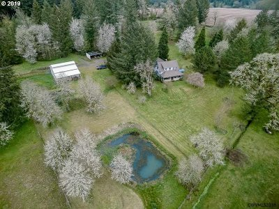 Scio Single Family Home For Sale: 39830 Echo Hill Rd
