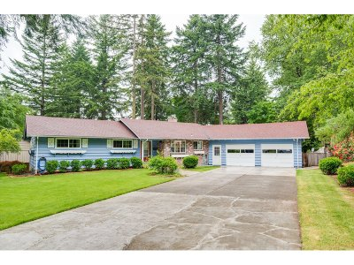 Vancouver Single Family Home For Sale: 906 SE 97th Ave