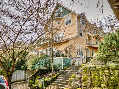 Portland Condo/Townhouse For Sale: 2372 NW Glisan St #4