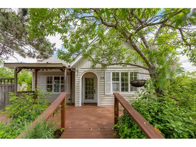 Single Family Home For Sale: 25 W 24th Pl