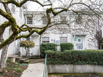 Portland Condo/Townhouse For Sale: 1802 NE 67th Ave