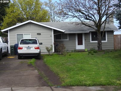 Springfield Single Family Home For Sale: 844 W Quinalt St