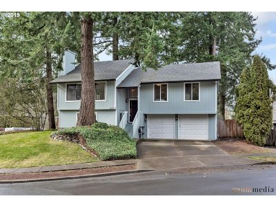 Tualatin Single Family Home For Sale: 10245 SW 102nd Ct