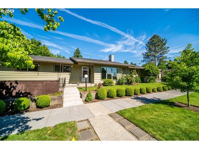 Single Family Home For Sale: 5230 SE 37th Ave