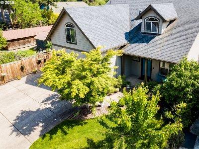 Eugene Single Family Home For Sale: 1633 Chasa St