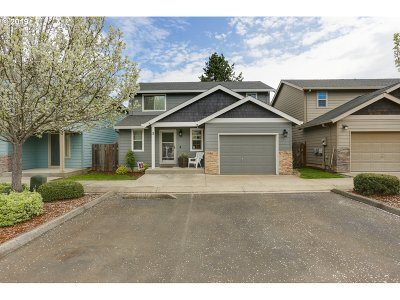 Newberg Condo/Townhouse For Sale: 800 W 1st St #3