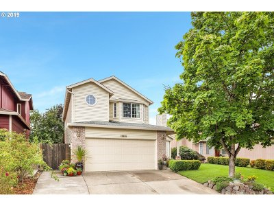 Tigard Single Family Home For Sale: 15834 SW Glaze Ct