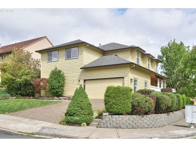 Beaverton Single Family Home For Sale: 8165 SW 154th Ave