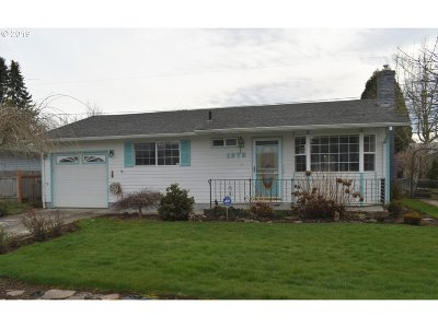 Woodburn Single Family Home For Sale: 1372 Thompson Rd