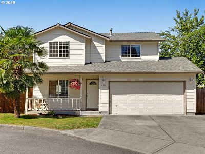Single Family Home For Sale: 5405 SE 131st Ct