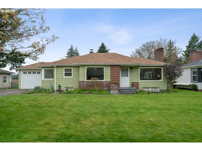 Portland Single Family Home For Sale: 705 NE 114th Ave