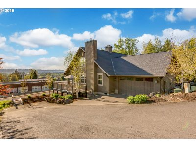 Oregon City Single Family Home For Sale: 16074 Front Ave
