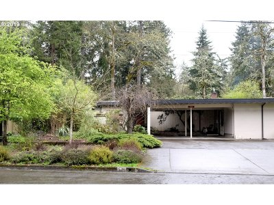 Eugene Single Family Home For Sale: 244 W 37th Ave