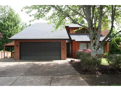 Forest Grove Single Family Home Bumpable Buyer: 3373 Lavina Dr