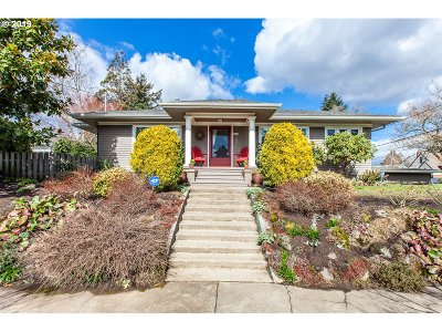 Portland Single Family Home For Sale: 3831 NE Thompson St