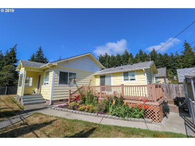 North Bend Single Family Home For Sale: 2711 Brussells