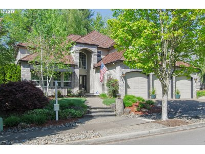 Tualatin Single Family Home For Sale: 22315 SW Taylors Dr