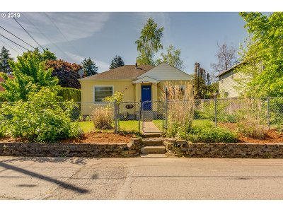 Oregon City Single Family Home For Sale: 418 Dewey St