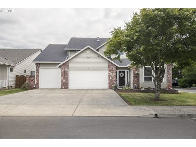 Sandy Single Family Home For Sale: 40130 Becke Ct