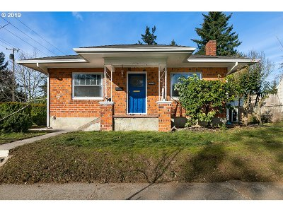 Vancouver Single Family Home For Sale: 3302 G St