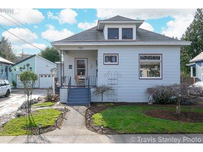 Portland Single Family Home For Sale: 1634 SE Harney St