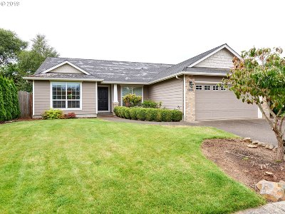 Molalla Single Family Home For Sale: 1306 Homestead Pl
