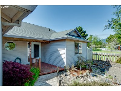 Nehalem Single Family Home For Sale: 34050 Mallard Ave