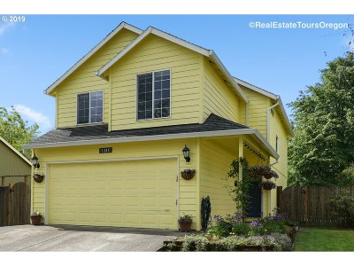 Hillsboro, Cornelius, Forest Grove Single Family Home For Sale: 1344 33rd Pl