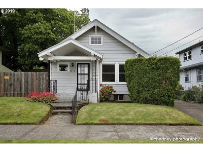 Portland Single Family Home For Sale: 233 SE 75th Ave