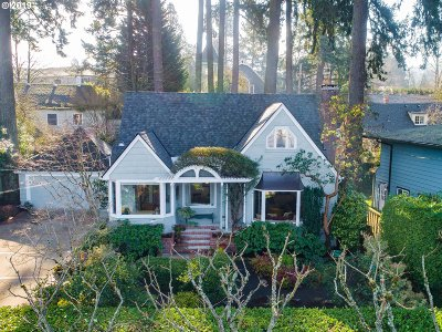 Lake Oswego Single Family Home For Sale: 128 Northshore Rd