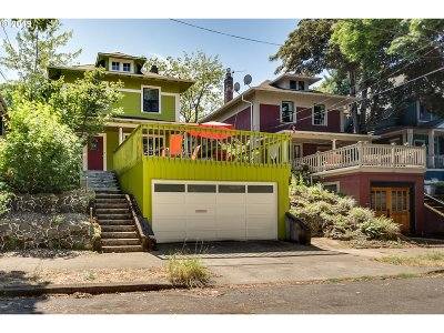 Multi Family Home For Sale: 2422 SE Yamhill St
