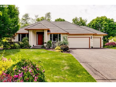 Eugene Single Family Home For Sale: 3246 Riverplace Dr