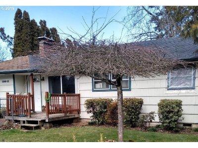 Single Family Home For Sale: 18641 NE Everett Ct