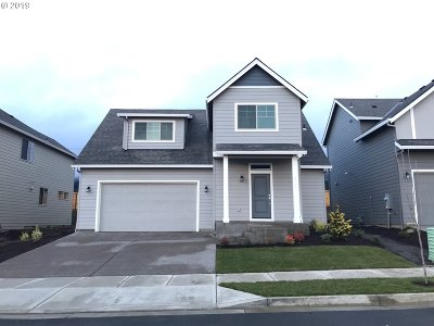 Newberg Single Family Home For Sale: 375 W Barbaras Way
