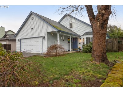 Washington County Single Family Home For Sale: 7140 SW 174th Ave