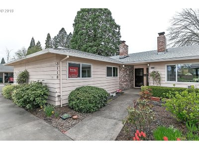 Hillsboro, Cornelius, Forest Grove Condo/Townhouse For Sale: 3118 22nd Ave