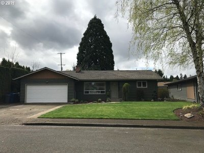 Keizer Single Family Home For Sale: 770 Evans St N