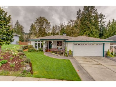Gresham Single Family Home For Sale: 2573 SE Morlan Way
