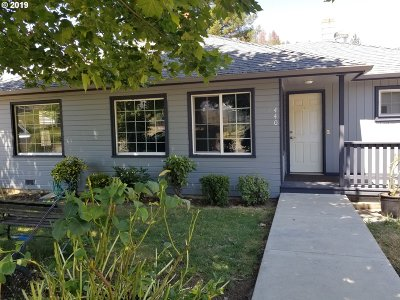 Canyonville Single Family Home For Sale: 440 Mill St