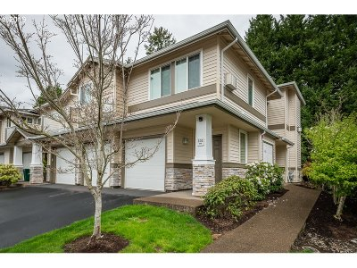 Beaverton Condo/Townhouse For Sale: 14855 SW Sandhill Loop #102
