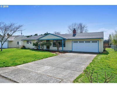 Single Family Home For Sale: 4409 E 13th St