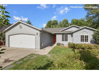 Oregon City, Beavercreek, Molalla, Mulino Single Family Home For Sale: 226 Hauser Ct