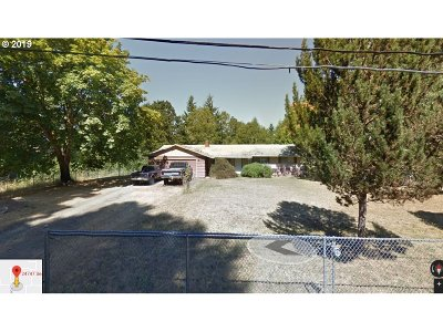 Veneta, Elmira Single Family Home For Sale: 24747 Sertic Rd