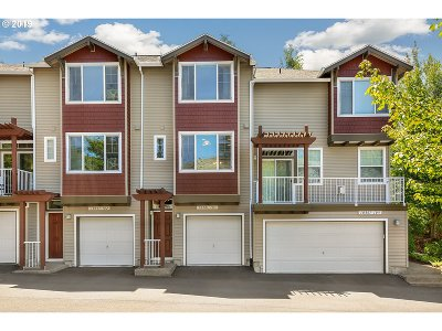 Tigard Condo/Townhouse For Sale: 10801 SW Canterbury Ln #103