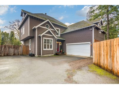 Hillsboro Single Family Home For Sale: 316 SE 26th Ave