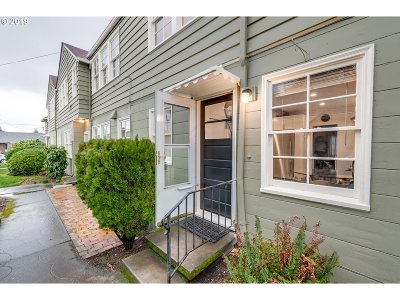 Portland Condo/Townhouse For Sale: 515 N Rosa Parks Way
