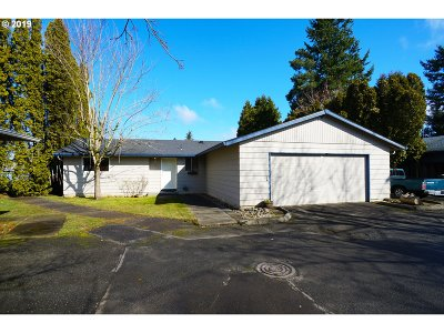 Portland Single Family Home For Sale: 1805 SE 174th Ave