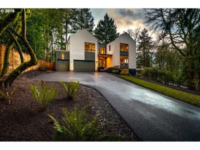Lake Oswego Single Family Home For Sale: 2912 Wembley Park Rd