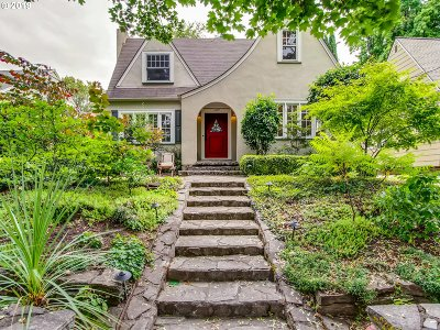 Portland Single Family Home For Sale: 7930 SE 30th Ave